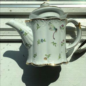 NWT porcelain teapot